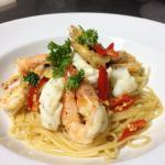 Spaghetti seafood garlic and chili