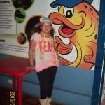 entrada atras mural con lo que vas a ver en el aquarium