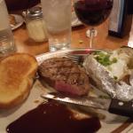 Photo de Coliseum Pizza & Steak
