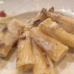 We had hamon on tomato bread for starters and pork tenderloin and ragatoni pasta for main course