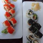 Sushi einmal Fisch, einmal Hühnchen