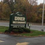 Montville Diner - sign in front