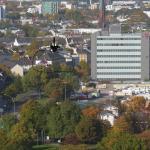 Blick vom Turm des Michels Richtung Hotel, neben Telekom Bau