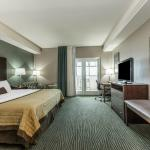 King Riverview Room