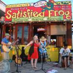 Foto de The Satisfied Frog Rocky Point Mexico Beach Bar