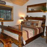 Beautiful bedroom, super comfy bed!