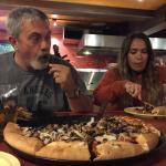 Muy rica la pizza y ameno el lugar.