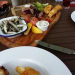Fish share plate