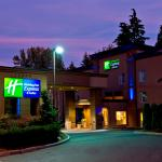 ‪Holiday Inn Express & Suites Surrey‬