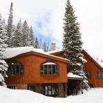 TimberHouse Ski Lodge