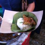 Nasi Jamblang siap disantap