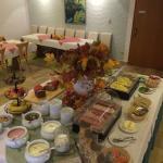 Frühstücksbuffet - hier nur ein Teil davon zu sehen :-)
