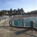 Meryan Hotel Photo