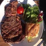 Très bien reçu !!! Une cuisine vraiment maison, des terrines succulentes, une viande de qualité