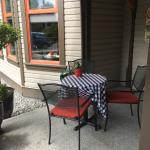 Outside seating, Hudson's on First, Duncan, BC