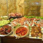poissons frais, gambas, antipasti