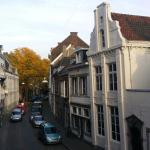 Heerlijk sfeervol hotel in dito straat (kleine gracht)