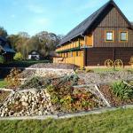 Saunagarten und Gästehäuser