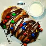 Pancakes with nutela and m&m's!!!
