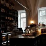Cafe & Bistro Huhnergott