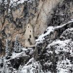 Вид с учебной трассы на Старый замок в горе