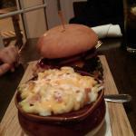 Buffalo burger with Mac n cheese
