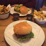Food - Ludwig Das Burger Restaurant Photo