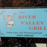 ‪River Valley Grill‬