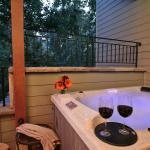 Deluxe room with private outdoor hot tub