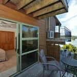 Kowhai Room /balcony and views