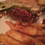 Foto di Zoey's Deli and Double Hex Restaurant