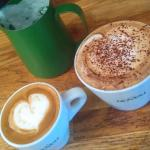 Flat white and cappuccino art