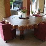 屋久杉のテーブル