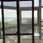 陽台,窗外就是花蓮港
