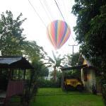 Attention les lieux d'atterirassages des montgolfières changent toujours (ici proche Mango)