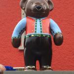 Der Heimat - Bär schön gekleidet