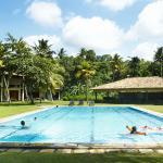 Talalla Retreat pool