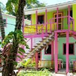 Photo de Barefoot Beach Belize