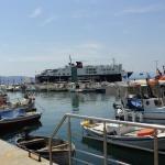 Hellenic Seaways en el puerto de Egina