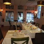 Seating up to 20 for a luncheon or party