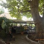 un restaurant en plein coeur de village.
