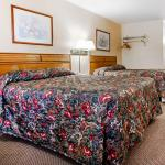 Foto de Econo Lodge Inn & Suites Newton