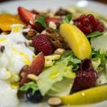 Ensalada de frutas y frutos secos