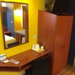 Foto de Microtel Inn & Suites by Wyndham Hillsborough