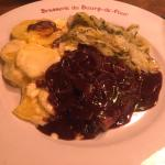 Roastbeef in wine sauce with endives fricassée and gratin - out of this world good