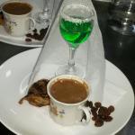Likörlü türk kahvesi
