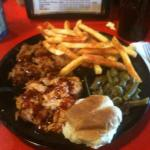 Pulled chicken and pulled pork with fries and green beans
