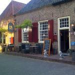 Bronckhorst-20150706-00061_large.jpg