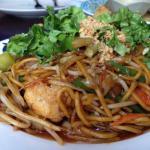 Mee goreng - egg noodles; vegetarian option