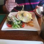 Egg Benedict wit Chicken